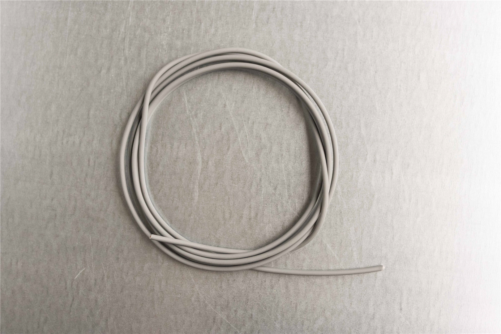18 Gray Primary Wire