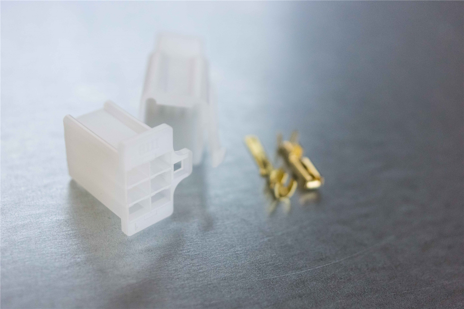 2.8mm 6-pin Latching M/F Nylon Connector